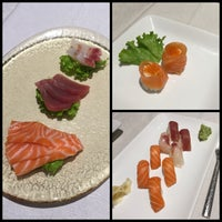 Photo taken at Ristorante Singapore Asian Fusion by Laura B. on 9/24/2015