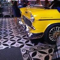 11/4/2012 tarihinde gizem k.ziyaretçi tarafından Big Yellow Taxi Benzin'de çekilen fotoğraf