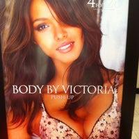 Photo taken at Victoria's Secret by Dor L. B. on 12/20/2012