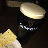 Photo taken at Irish Pub the Stáisiún 田町店 by Hiromi Y. on 11/11/2016