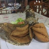 รูปภาพถ่ายที่ Restoran & Wisata Air Alam Sari โดย Dian 🌸 เมื่อ 4/5/2016