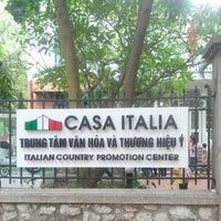 Photo taken at Casa Italia: Centro di Lingua & Cultura Italiana by ilariapic on 5/18/2013