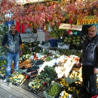 Photo taken at Esat Aile Manavı by Dinçer D. on 10/26/2013