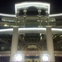 2/4/2014 tarihinde Tom S.ziyaretçi tarafından Waldorf Astoria Dubai Palm Jumeirah'de çekilen fotoğraf