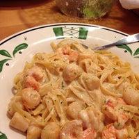 Foto tirada no(a) Olive Garden por Jill B. em 9/8/2014