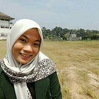 Photo taken at Universitas Jenderal Achmad Yani (UNJANI) by Muthi M. on 8/27/2016