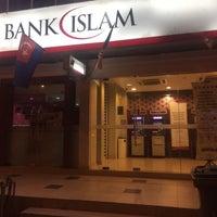 Photo taken at Bank Islam by Mataharilt ☀. on 1/30/2017