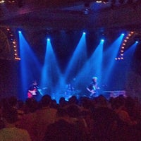 Photo prise au Crystal Ballroom par PDX P. le9/8/2012