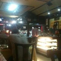 8/10/2012 tarihinde Ahmet U.ziyaretçi tarafından Birsen Kebap & Pide &Yemek'de çekilen fotoğraf