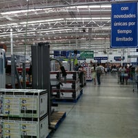 Photo taken at Sam's Club by Darany on 5/26/2012