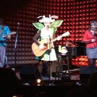 Foto tomada en Joe's Pub at The Public por Noelle el 2/12/2012