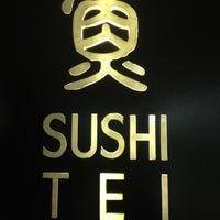 Foto tirada no(a) Sushi Tei por Dewi W. em 7/11/2012