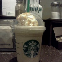 Photo taken at Starbucks by Miguel F. on 4/17/2012