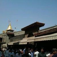 Photo taken at Shirdi Sai Baba Temple (Samadhi Mandir) by Vinod B. on 2/26/2012