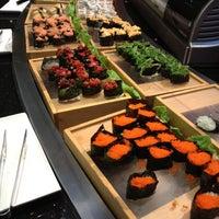 Das Foto wurde bei Shinju Japanese Buffet von Sergio L. am 3/18/2012 aufgenommen