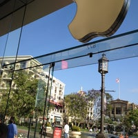 Photo taken at Apple by Rebekah A. on 6/16/2012