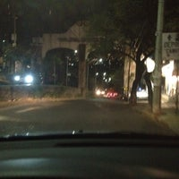 Das Foto wurde bei Los Arcos de Colinas del Sur von Pau P. am 2/8/2012 aufgenommen