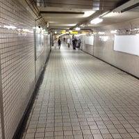 Photo taken at Keihan Yodoyabashi Station (KH01) by GM R. on 8/26/2012