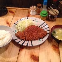 Photo taken at とんかつ かつ屋 by Kuniyuki T. on 3/6/2012