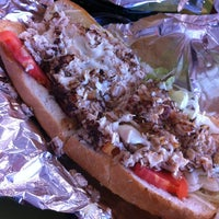 Foto tomada en Philly Steak Subs  por Linda N. el 3/13/2012