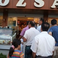 Photo taken at Özsa Pastanesi by Hüseyin A. on 8/5/2012