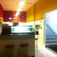 Photo taken at Mix Burguer by Marcos B. on 4/11/2012