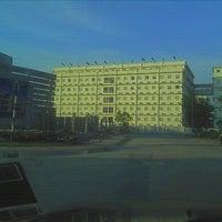 Photo taken at MAZ International school sek 7 by Rissazana R. on 3/29/2012