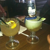 Photo taken at Applebee's Neighborhood Grill & Bar by Gwen M. on 6/8/2012