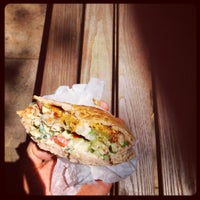 7/6/2012にthemodman ..がTaïm Falafel and Smoothie Barで撮った写真