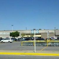Foto tomada en Walmart por Roxana A. el 2/12/2012