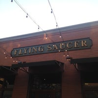 Photo taken at Flying Saucer Draught Emporium by Baldo D. on 7/24/2012