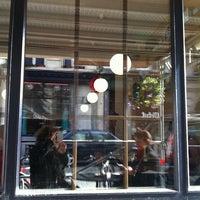 Photo taken at Rachel - Bagels & Burgers by Natalia K. on 6/23/2012