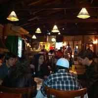 Foto tirada no(a) Caçula Bar e Restaurante por Renata H. em 8/5/2012