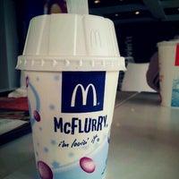 Photo taken at McDonald's / McCafé by Bayu W. on 7/5/2012