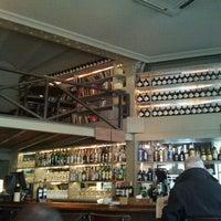 Foto tomada en Café Adonis 1940 por J ANGEL F. el 2/2/2012