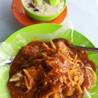 Photo taken at Rojak / Cendol Motor Store WEF 1364 by giBBs0n f. on 6/30/2012