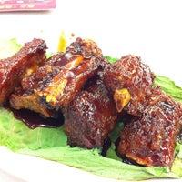 Photo taken at Jin Xuan Hong Kong Restaurant (锦选香港特极点心) by Alyssia y. on 6/15/2012