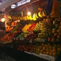 Foto tomada en Mercado de Santa Tere por Olivia R. el 8/25/2012