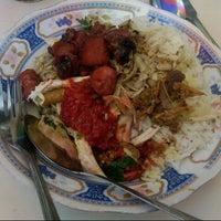 Photo taken at Nasi Bali Men Weti by Aditia P. on 9/1/2012
