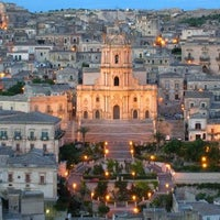 Photo taken at Unesco - Late Baroque Towns of the Val di Noto (South-Eastern Sicily) by BBPlanet on 9/4/2012