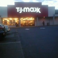 Photo taken at T.J. Maxx by Guadalupe T. on 4/9/2012