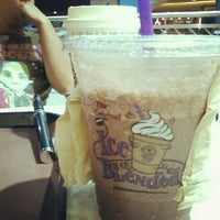 Photo taken at The Coffee Bean & Tea Leaf by Rachiel A. on 7/1/2012
