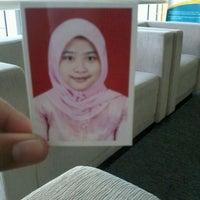 Photo taken at Mandiri Prioritas Plaza Mandiri by Nurul Fawzia A. on 3/28/2012