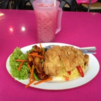 Photo taken at Nor ginseng seafood by Aleksej L. on 3/21/2012