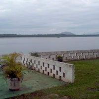 Photo taken at Recanto Do Pescador by Marcio K. on 4/21/2012