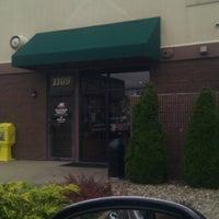 Photo taken at Starbucks by Henri M. on 8/5/2012