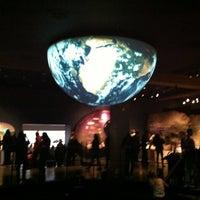 Photo prise au Hayden Planetarium par Kendall F. le4/22/2012