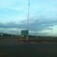 Photo taken at Posto Texaco Cacau by Alessandro B. on 4/15/2012