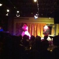 Foto tomada en Apache Cafe por Kadija B. el 6/25/2012