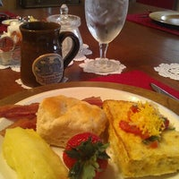 Photo taken at The Cotton Palace Bed & Breakfast by Peggy H. on 6/12/2012